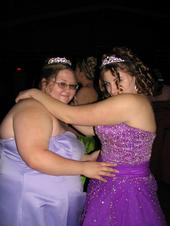 I am the one in the purple! Dat is my friend Shawna at prom.